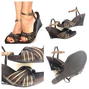 Aerology Brown and Bronze strappy Wedge Size 9 EUC